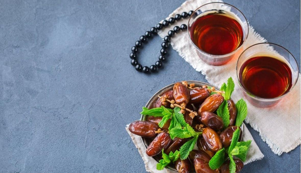 كيف تتناول أطعمة صحّية خلال رمضان؟