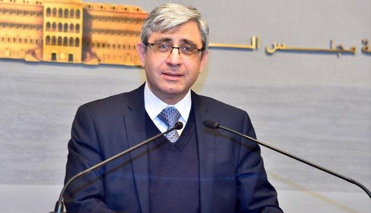 وزير التربية طارق المجذوب.