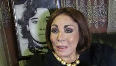 لبنى عبد العزيز تحتفل بتوقيع كتابها بحضور مشاهير (صور)