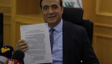 نجّار وقّع المرسوم رقم 6433 المتعلّق بترسيم الحدود: همّنا الأساسي الحفاظ على حقوق لبنان النفطية والغازية (صور وفيديو)