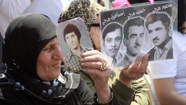 استمرار معاناة أهالي المخطوفين والمفقودين في ظل لامبالاة السياسيين