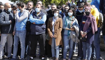 """بالصور- اعتصام لموظفي """"ليبان بوست"""" أمام مكاتب الشركة في المطار... مطالبة بتسوية الرواتب"""