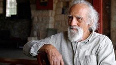خمس سنوات على غياب منير أبو دبس: الضوء الذي يجب أن يقلق العتمة