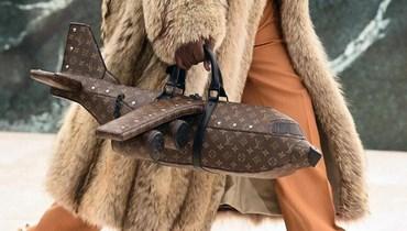 """حقيبة على شكل طائرة لـ """"لوي فيتون"""" بسعر خيالي"""