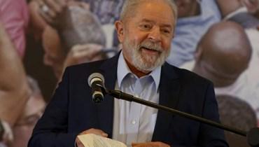 """الرئيس البرازيلي السابق لويس ايناسيو """"لولا"""" دا سيلفا في مؤتمر صحافي في ساو برناردو دي كامبو بالقرب من ساو باولو في 10 آذار الماضي.   (أ ف ب)"""