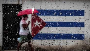 هل يحرر بايدن كوبا من قيودها الكاستروية؟