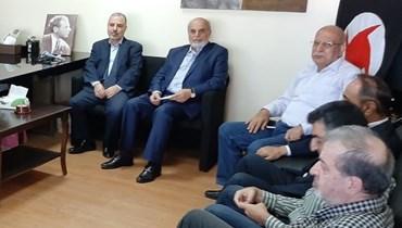 """""""التسوية"""" في القومي تعطلت بعد إخفاق لقاء دمشق... وحردان يعمل لعزل """"المتحصنين في مركز الروشة"""""""