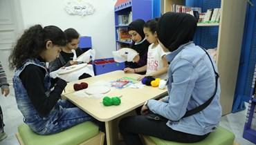 """""""مرساة"""" للطفل والأم: أحياء مهمّشة في طرابلس تقاوم ضغوطات كورونا والإدمان"""