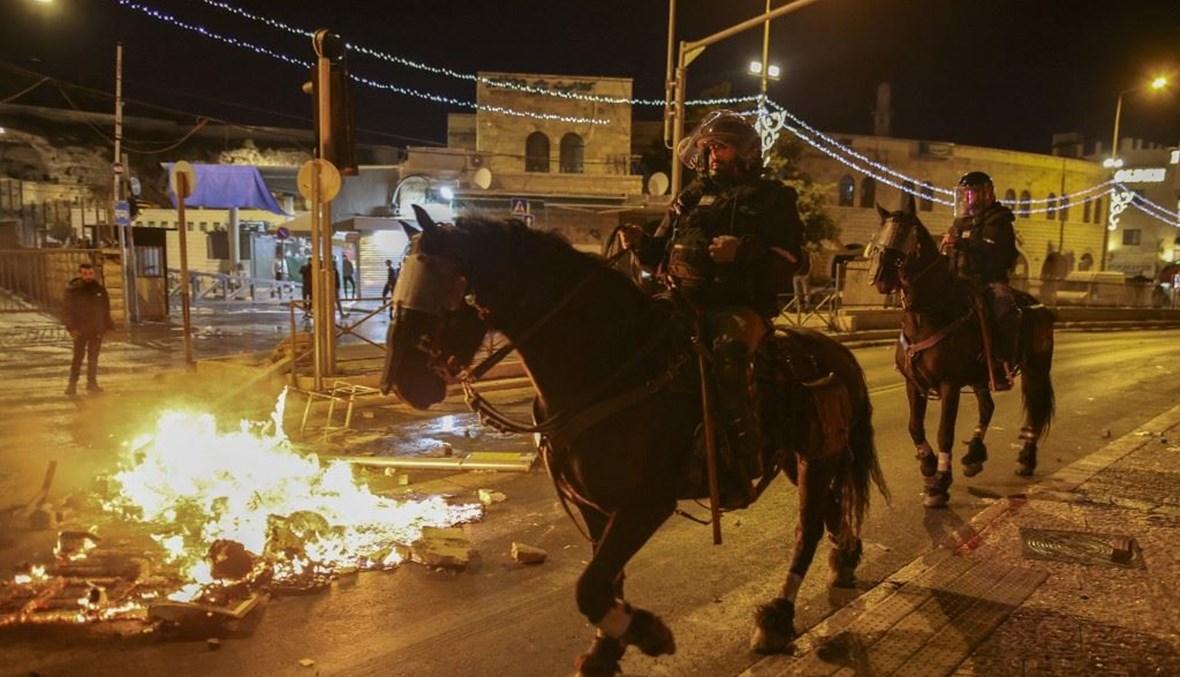 مواجهات ليلية في القدس (أ ف ب).
