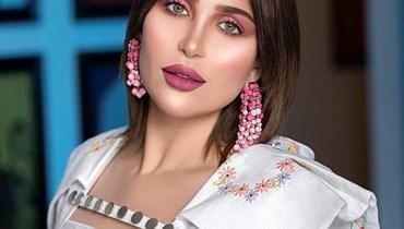 الفاشنيستا الكويتية خلود تحقّق مشاهدات أكثر من رونالدو وميسي (فيديو)