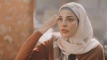 """نادين نجيم """"تحكّ جلدها""""... لا لوتو ولا صدفة"""