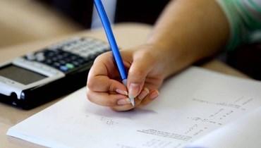 العودة إلى المدرسة وتهريب الامتحانات!