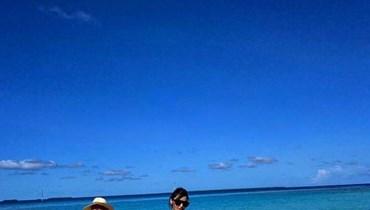 هاندا ارتشيل وكرم بورسين في المالديف.
