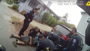 """بالفيديو: الشرطة الأميركية تقتل """"فلويد"""" آخر"""