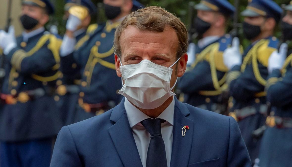الرئيس الفرنسي إيمانويل ماكرون في قصر بعبدا، في زيارته الثانية إلى بيروت بعد انفجار المرفأ (تصوير نبيل إسماعيل).