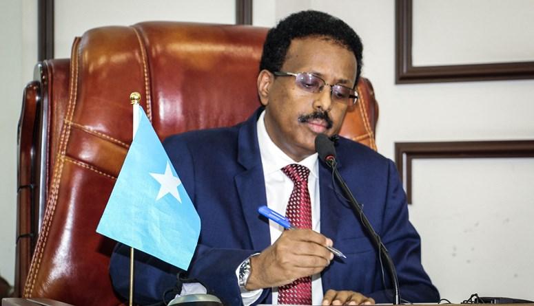 الرئيس الصومالي يكلّف رئيس الوزراء تنظيم الانتخابات