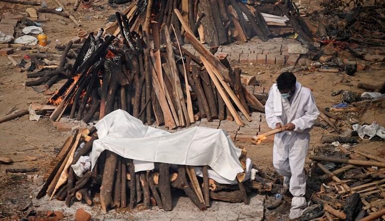 لليوم الثاني عشر... أكثر من 300 ألف إصابة بكورونا في الهند