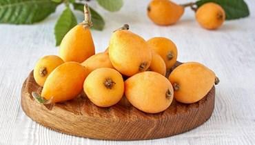 فاكهة الاسكدنيا.