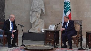 """أيّ """"خارج"""" سينتخب رئيس لبنان بعد عون؟"""
