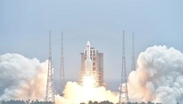 الصاروخ الصيني لحظة انطلاقه