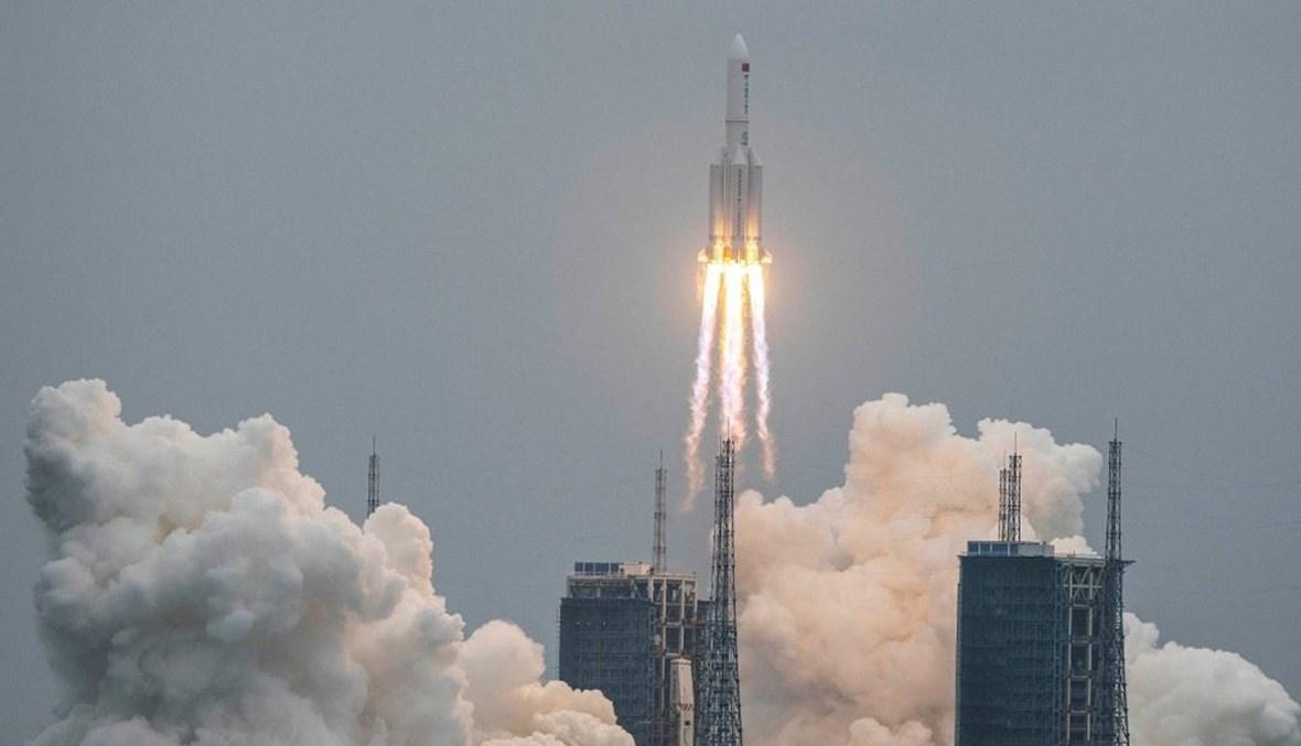 الصاروخ الصيني الذي شغل العالم (أ ف ب).