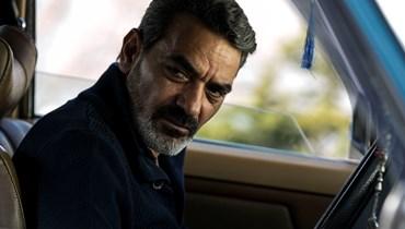 """فادي أبي سمرا بشخصية أمين في مسلسل """"للموت""""."""