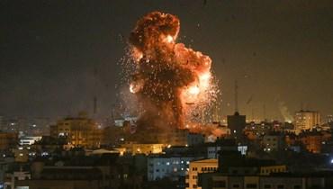 بالفيديو والصور - غزة تتألّم تحت القصف