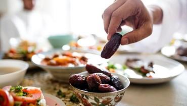 7 فوائد لصيام شهر رمضان كاملًا
