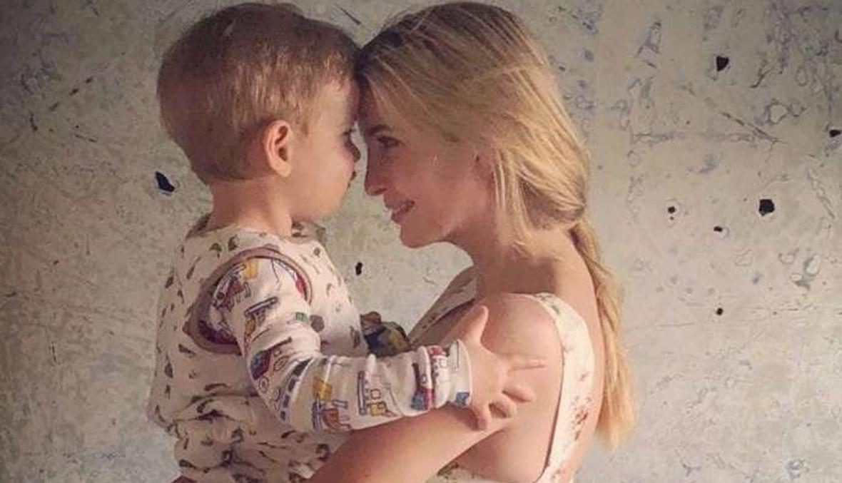 إيفانكا ترامب وابنها.