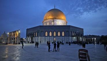 ساحة المسجد الأقصى في القدس بعد موجة العنف الأخيرة (أ ف ب).