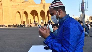 امام مسجد محمد الأمين (تصوير مارك فياض وحسام شبارو)