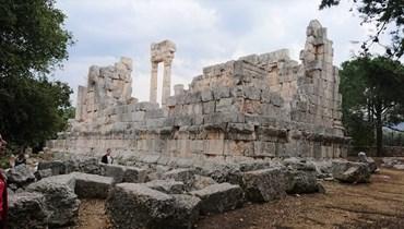 تعرّف إلى قصر ناووس في عين عكرين: من أضخم معابد الجبل اللبناني (صور)