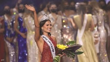 """مكسيكية تفور بلقب """"ملكة جمال الكون 2020"""""""