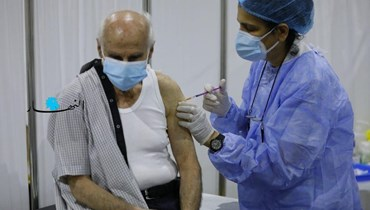 عدّاد كورونا يعاود ارتفاعه والصحة توسّع حملات التلقيح