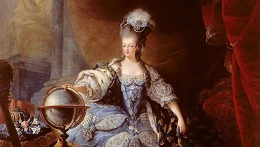 لوحة للملكة ماري انطوانيت (جان- بابتيست أندريه غوتييه- داغوتي 1775/ ويكيبيديا).