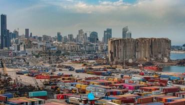 مرفأ بيروت المخلّع (تصوير نبيل إسماعيل).