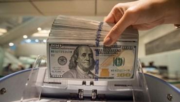 دولار السوق السوداء يواصل رحلة صعوده.