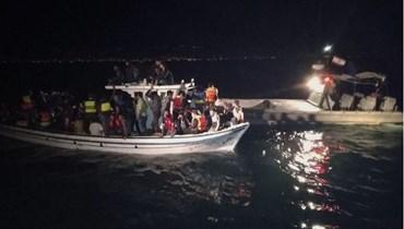 إحباط تهريب عدد من السوريين عبر البحر.