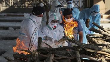 صورة من الهند لحرق الجثامين