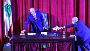 مجلس النواب نحو تلاوة الرسالة ووضعها في الدّرج؟