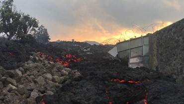 رماد محترق في غوما بعد ثوران بركان نيراغونغو شرق جمهورية الكونغو الديمقراطية (23 ايار 2021، أ ف ب).