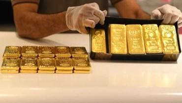 الذهب يتراجع (تعبيرية - أ ف ب).