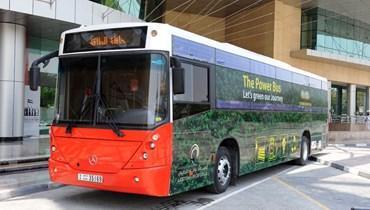 حافلة الطاقة (صورة من حساب المكتب الإعلامي لحكومة دبي في توتير).