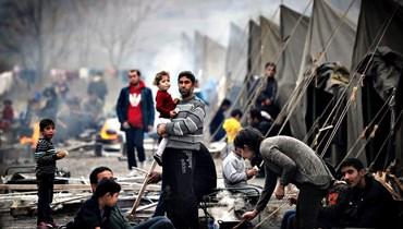"""""""عودة النازحين الراغبين"""" كخطابٍ سياسيّ على ورق... لماذا لم تُنفَّذ الشعارات اللّبنانية - السورية المُتكرّرة؟"""