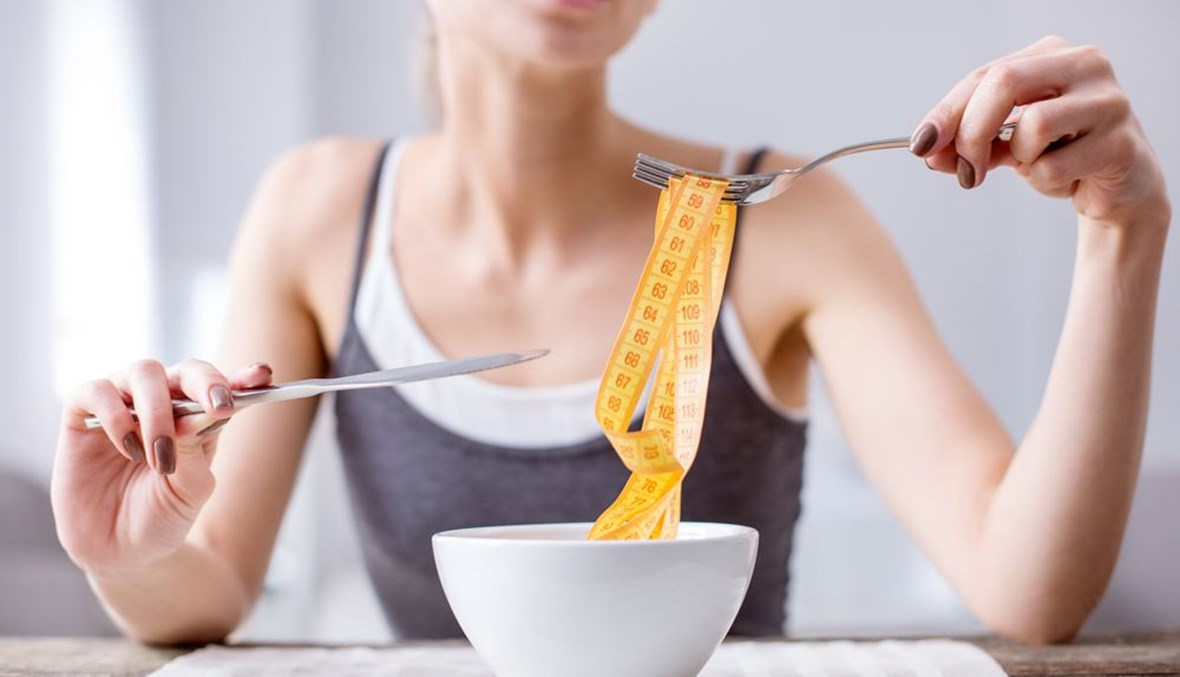 ما هي اضرار الحرمان في الأكل؟
