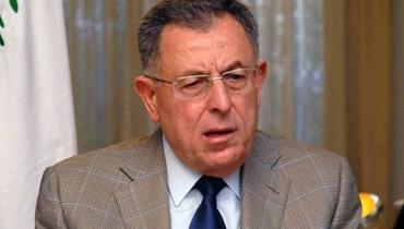 الرئيس فؤاد السنيورة.