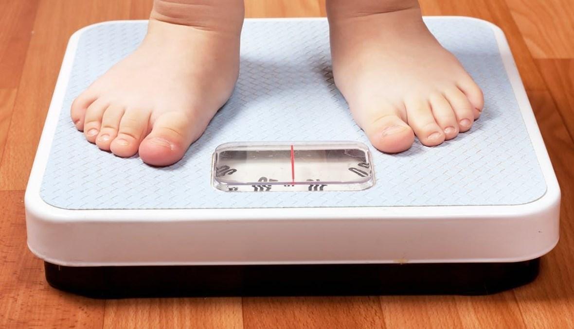كيف تدخلين الأطعمة الصحّية في نظامه الغذائي؟