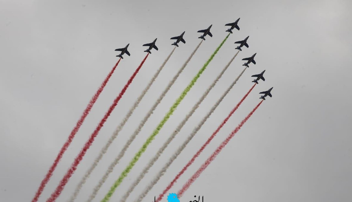 """طائرات """"رافال"""" فرنسية تُشارك في احتفال ذكرى مئوية لبنان الكبير تزامناً مع زيارة الرئيس الفرنسي إيمانويل ماكرون إلى بيروت (تصوير نبيل إسماعيل)."""