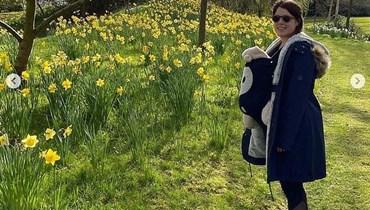 أوجيني وطفلتها.