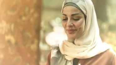 """نادين نسيب نجيم بشخصية حياة عبد الله في """"عشرين عشرين""""."""